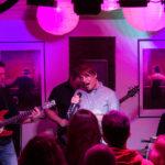 Gerrit Koch, Sänger von Q-bic aus Hanover live im Filou