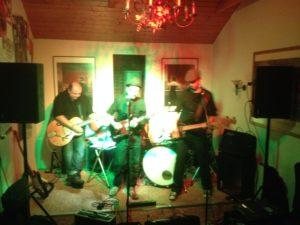 Portless aus Hannover traten 2014 live im Filou auf