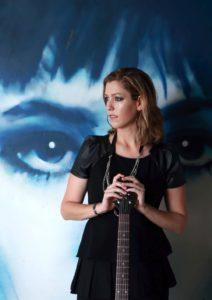Die australische Musikerin Lecia Louise tritt am 10. April 2017 im Filou in Steinhude auf