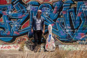 Singer/Songwriter Carus Thompson live im Filou